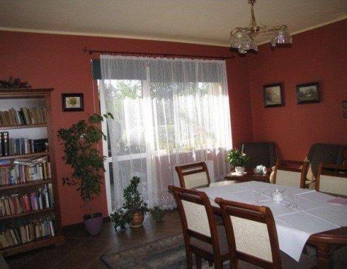 dom mieszkalno-usługowy Garczegorze 17