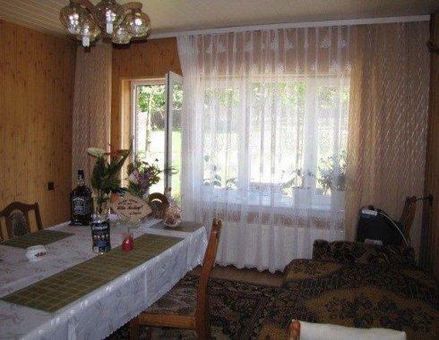 dom wolnostojący z obiektem komercyjnym Szczenurze 14