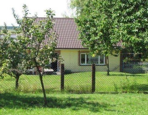 dom wolnostojący z obiektem komercyjnym Szczenurze 19