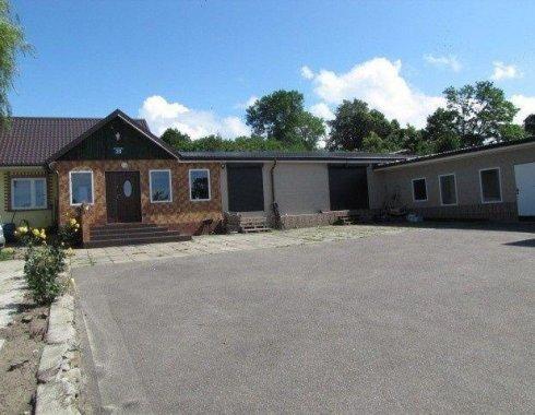 dom wolnostojący z obiektem komercyjnym Szczenurze 09